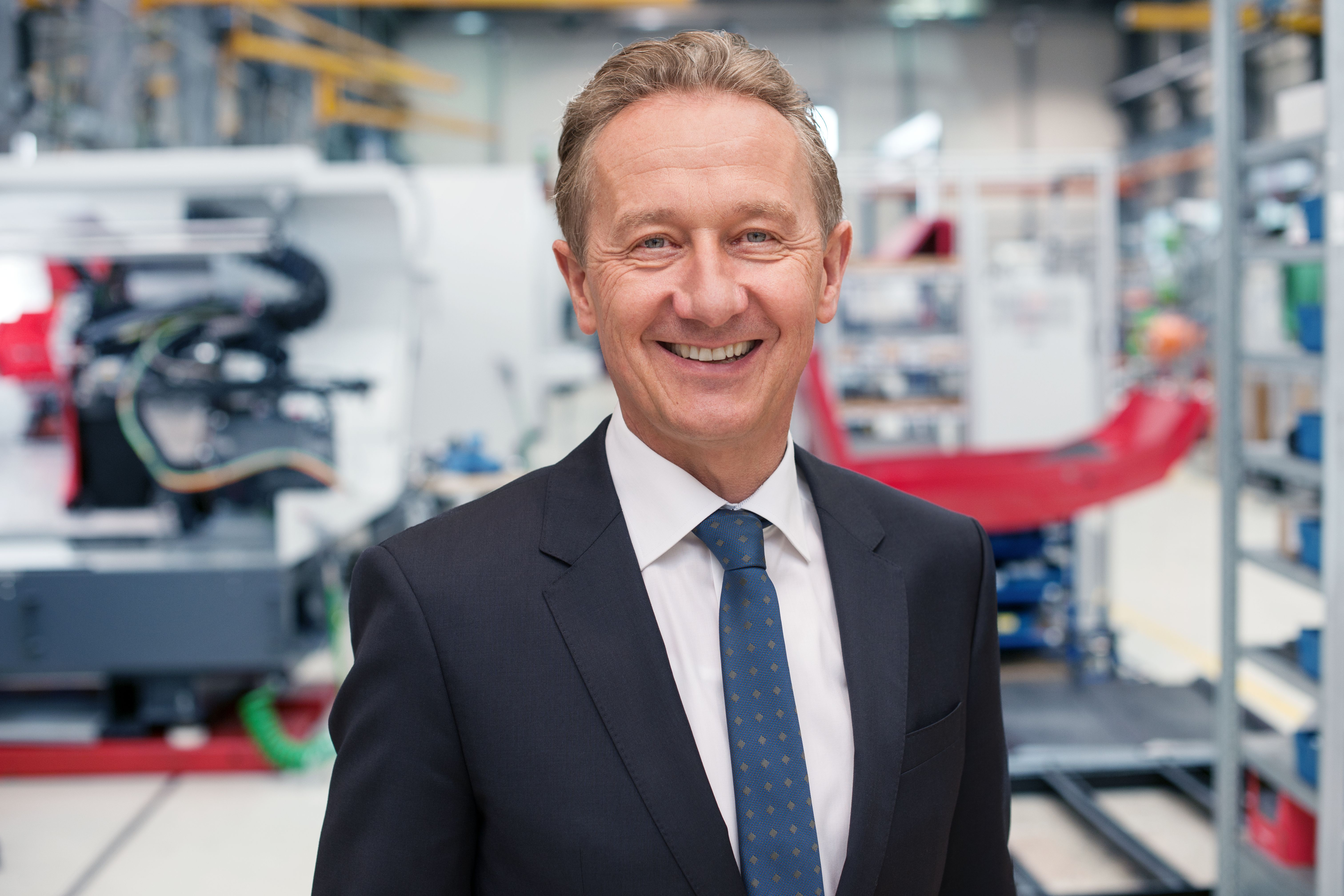 05-EMCO-Dr-Ing-Stefan-Hansch-CEO.jpg