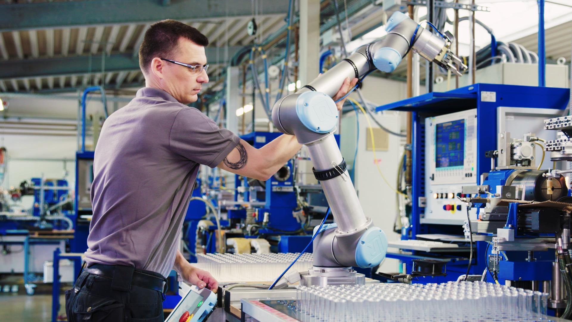 Roboterunterstützung_Universal-Robots..jpg